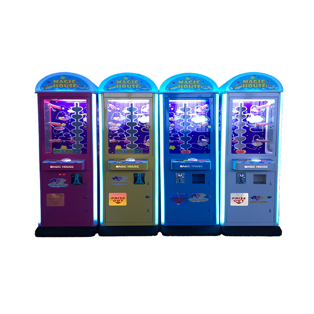 Many people know that the gift machine is especially help in increasing popularity at the bustling shopping center mall.